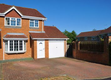Thumbnail 3 bed link-detached house to rent in Exbury Way, Andover