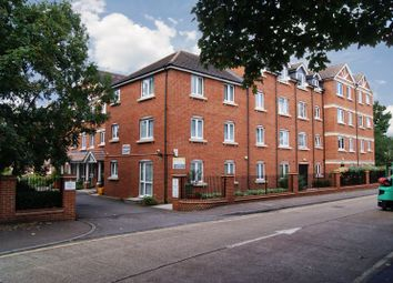 Heron Court, Ilford IG1. 2 bed flat
