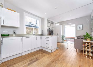 Thumbnail 2 bed flat for sale in Townmead Road, Fulham, London