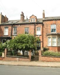 Thumbnail 5 bed terraced house to rent in Cliff Road, Hyde Park, Leeds