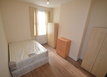 Thumbnail Room to rent in Birkbeck Road, Londonn