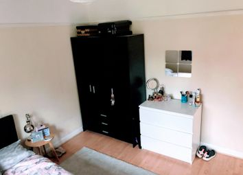 Thumbnail 5 bed semi-detached house to rent in Beech Grove, Guildford