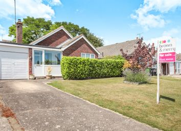 Thumbnail 3 bed detached bungalow for sale in Barbers Walk, Tring