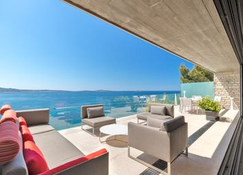 Thumbnail Villa for sale in Sanary Sur Mer, Provence Coast (Cassis To Cavalaire), Provence - Var
