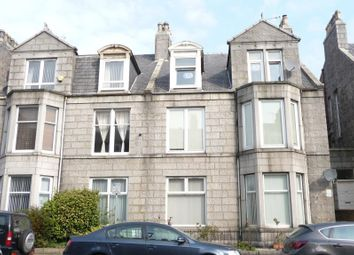 Thumbnail 2 bed flat to rent in 72 Union Grove, Aberdeen