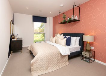 Thumbnail 4 bed flat for sale in Evelyn Street, London