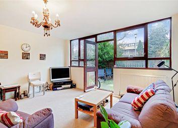 3 bed maisonette to rent in Crondall Court, St. John's Estate, London N1