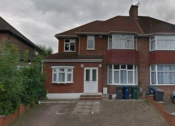 Thumbnail Studio to rent in Colindeep Lane, Colindale