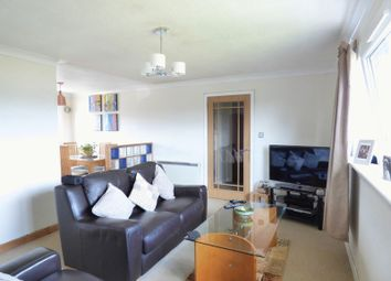 Thumbnail 2 bed flat for sale in 2 Bed Top Floor Flat, 84 Victoria Street, Livingston