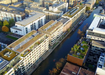 Thumbnail 1 bed flat for sale in Grand Canal Apartments, De Beauvoir Crescent, Islington