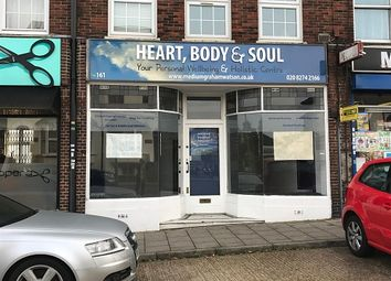 Thumbnail Retail premises to let in Hook Road, Surbiton