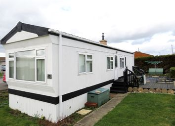 Thumbnail 2 bed mobile/park home for sale in Lower Dunton Road, Dunton, Brentwood
