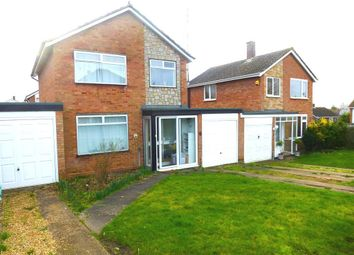 3 bed detached house to rent in The Limes, Stony Stratford, Milton Keynes MK11