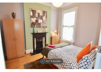 Room to rent in Delafield Road, London SE7