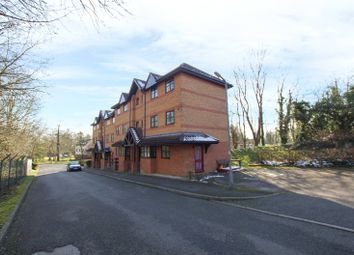 Thumbnail Studio to rent in Osprey Close, Falcon Way, Watford, Hertfordshire