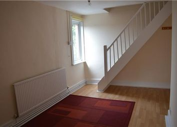 Thumbnail 2 bed flat to rent in Gloucester Road, Stonehouse, Gloucestershire