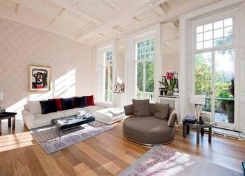 Thumbnail 3 bed maisonette to rent in Cadogan Square, Knightsbridge