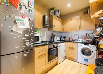 Thumbnail 4 bedroom maisonette for sale in Ferndale Road, Clapham North