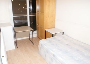 Thumbnail Room to rent in Capstan Square, Canary Wharf