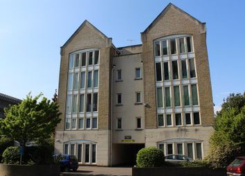Thumbnail 2 bed flat to rent in Serpentine Road, Poole