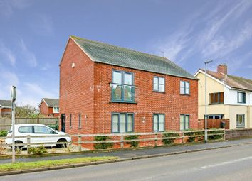 Thumbnail 2 bedroom flat for sale in Lichfield Road, Stone