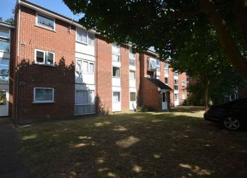 Thumbnail 1 bed flat to rent in Carnarvon Road, Stratford