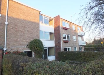 Thumbnail 3 bed flat to rent in Blenheim Road, Maidenhead