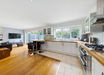 Woolhampton Way, Chigwell, Essex IG7. 4 bed detached house