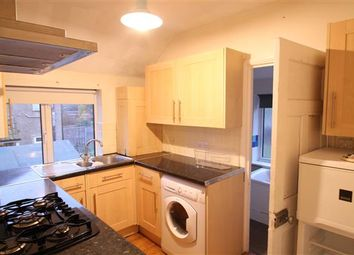 Thumbnail 2 bedroom flat to rent in Brighton Road, Hooley, Coulsdon