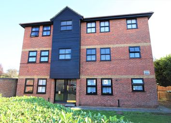 Thumbnail 1 bed flat to rent in Hazelwood Park Close, Chigwell