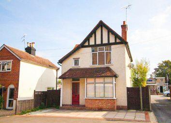 Thumbnail 3 bedroom detached house to rent in Albert Street, Fleet, Hampshire