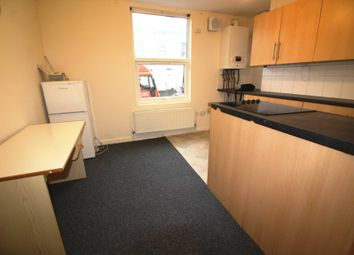 Thumbnail 1 bedroom flat to rent in Waylen Street, Reading