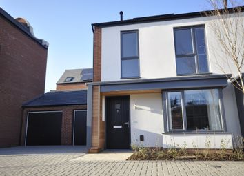 3 bed semi-detached house to rent in Prince Edward Drive, Derby DE22