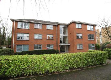 Thumbnail 2 bed flat to rent in Devonshire Road, Sutton