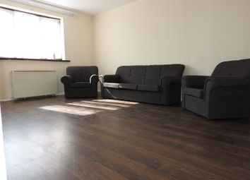 Thumbnail 2 bed flat to rent in Avenue Road, Chadwell Heath