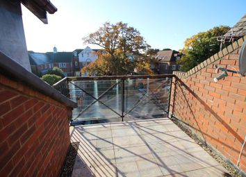 Thumbnail 2 bed flat to rent in Shore Rd, Warsash