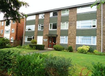 Thumbnail 1 bed flat to rent in Cornwall Road, Pinner