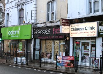 Thumbnail Retail premises to let in Regents Plaza, Kilburn High Road, London