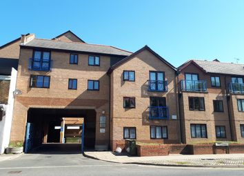 Thumbnail 1 bedroom flat for sale in Crawley Court, Gravesend