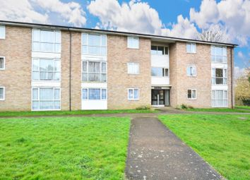 2 bed flat for sale in Kennedy Road, Horsham RH13