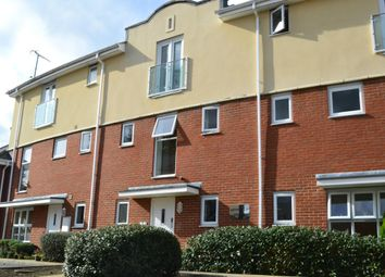 Thumbnail 1 bed flat to rent in Foxboro Road, Redhill