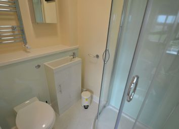 Thumbnail Room to rent in West Water Crescent, Hampton
