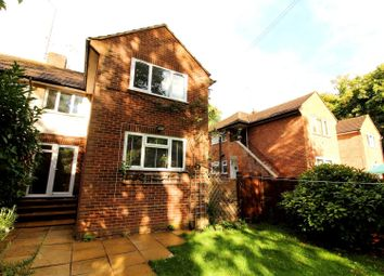 2 bed maisonette to rent in Forlease Road, Maidenhead SL6