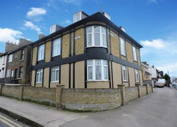 Thumbnail 1 bedroom flat for sale in Fulwich Road, Dartford