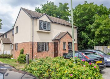2 bed maisonette for sale in Kings Chase, East Molesey KT8