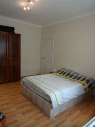 Thumbnail 2 bed flat to rent in Manor Park Crescent, Edgware
