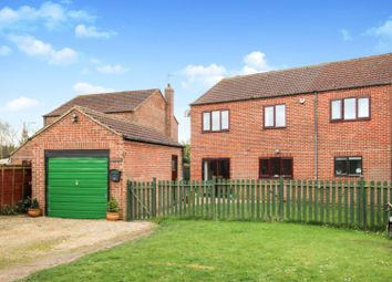 Thumbnail 5 bedroom detached house for sale in York Road, Cliffe