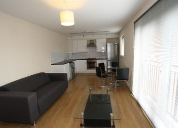 1 bed flat to rent in Central Court, Melville Street, Salford M3