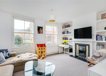 Thumbnail 3 bed flat for sale in Kinnear Road, London