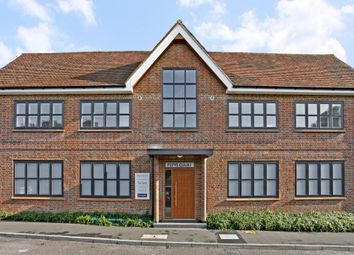 2 bed flat to rent in Pepys Drive, Prestwood, Great Missenden HP16